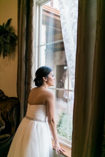 white-and-blush-wedding-at-tuscany-hill-08