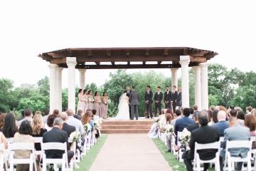 white-and-blush-wedding-at-tuscany-hill-22