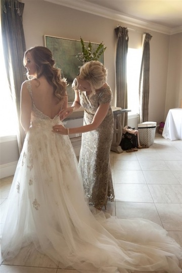 elegant_traditional_blush_wedding_at_bella_donna_chapel_and_the_sanctuary_in_mckinney_texas_07
