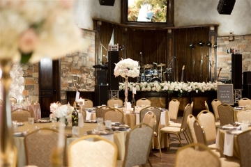 elegant_traditional_blush_wedding_at_bella_donna_chapel_and_the_sanctuary_in_mckinney_texas_20