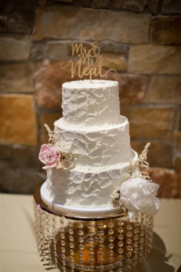 elegant_traditional_blush_wedding_at_bella_donna_chapel_and_the_sanctuary_in_mckinney_texas_21