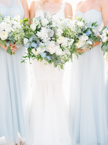 white-and-blue-wedding-at-the-grand-ivory-14