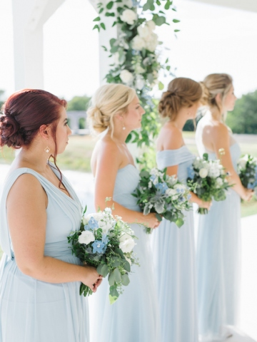 white-and-blue-wedding-at-the-grand-ivory-19