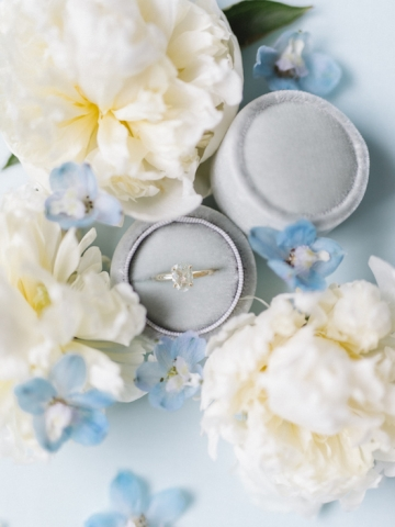 white-and-blue-wedding-at-the-grand-ivory-03