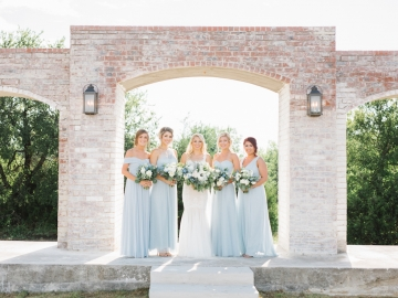 white-and-blue-wedding-at-the-grand-ivory-13