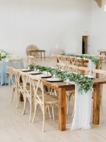 white-and-blue-wedding-at-the-grand-ivory-37