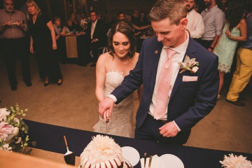 rustic_navy_and_ivory_wedding_at_rustic_grace_estates_in_north_texas_26