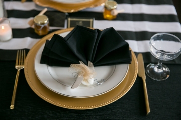 gatsby_inspired_purple_black_and_white_wedding_at_the_pearl_at_sabine_creek_in_rockwall_texas_14