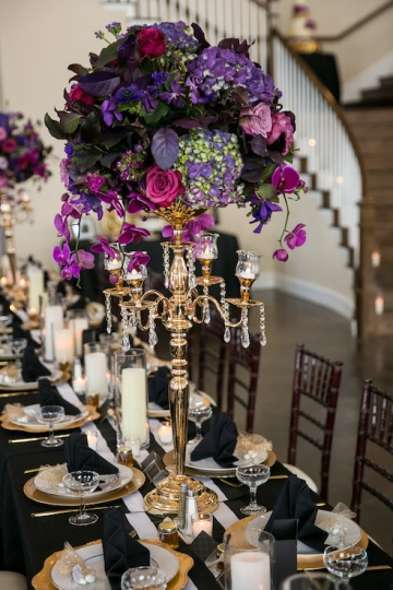gatsby_inspired_purple_black_and_white_wedding_at_the_pearl_at_sabine_creek_in_rockwall_texas_15