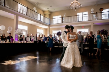 gatsby_inspired_purple_black_and_white_wedding_at_the_pearl_at_sabine_creek_in_rockwall_texas_30