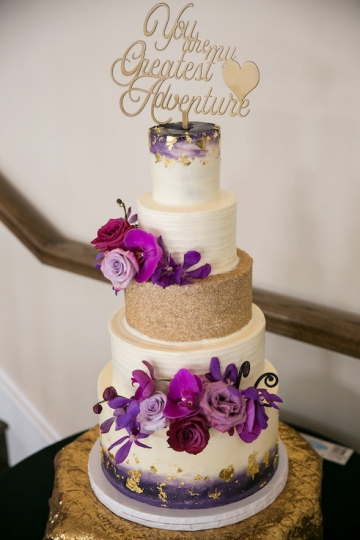 gatsby_inspired_purple_black_and_white_wedding_at_the_pearl_at_sabine_creek_in_rockwall_texas_29