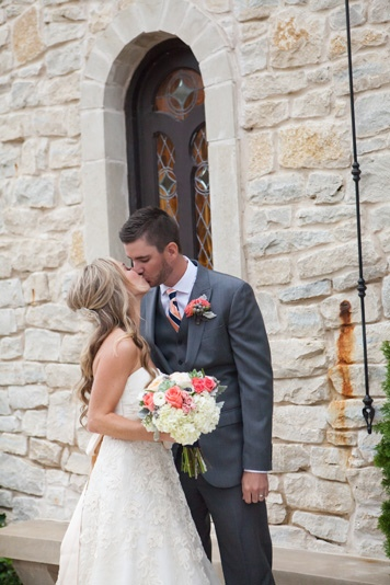 McKinney-Wedding-Planner-Bella-Donna-Chapel-and-The-Sanctuary-McKinney-Navy-and-Coral-Wedding-14