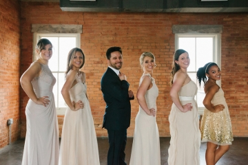 Dallas-Wedding-Planner-The-Filter-Building-Blue-and-Gold-Wedding-Fun-Food-Truck-Wedding-19