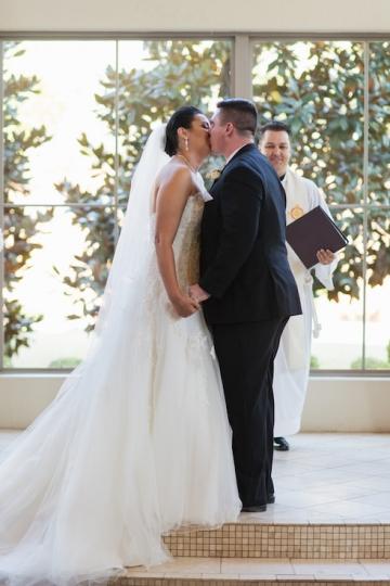 black_and_white_wedding_at_chapel_at_ana_villa_17