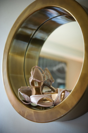 modern_pink_and_grey_wedding_at_the_filter_building_in_dallas_texas_04