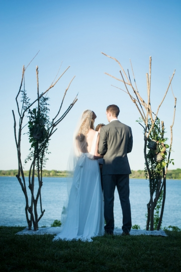 modern_pink_and_grey_wedding_at_the_filter_building_in_dallas_texas_21