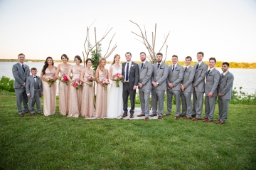 modern_pink_and_grey_wedding_at_the_filter_building_in_dallas_texas_27