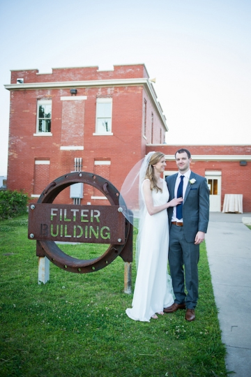 modern_pink_and_grey_wedding_at_the_filter_building_in_dallas_texas_29