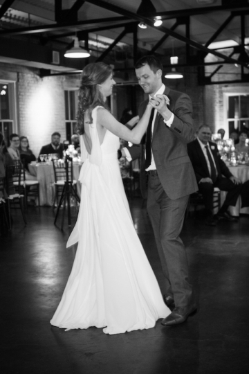 modern_pink_and_grey_wedding_at_the_filter_building_in_dallas_texas_42