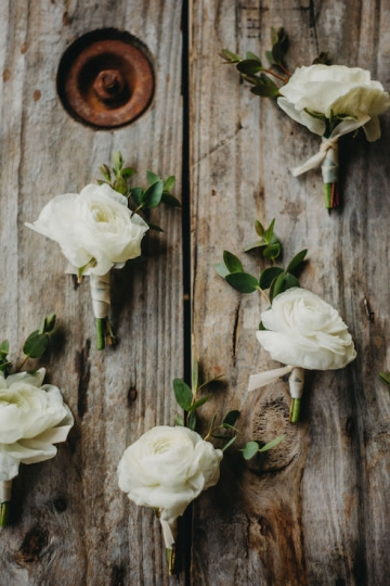 rustic_outdoor_ivory_wedding_at_avalon_legacy_ranch_in_mckinney_texas_03