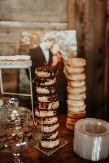 moody-romantic-maroon-ivory-wedding-at-stone-crest-venue-in-mckinney-texas-17