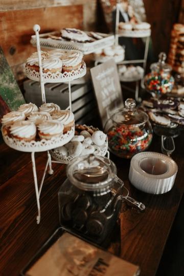 moody-romantic-maroon-ivory-wedding-at-stone-crest-venue-in-mckinney-texas-18