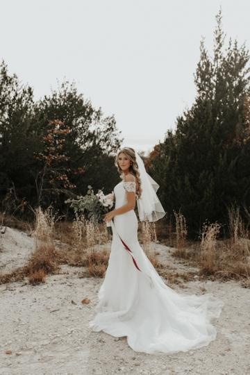 moody-romantic-maroon-ivory-wedding-at-stone-crest-venue-in-mckinney-texas-52