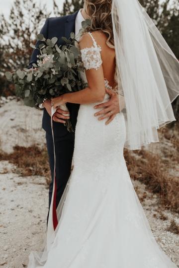 moody-romantic-maroon-ivory-wedding-at-stone-crest-venue-in-mckinney-texas-58