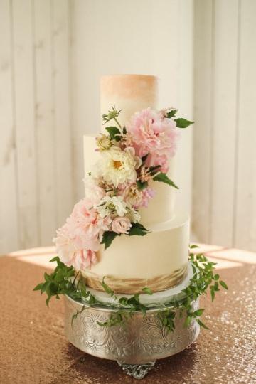 Dallas-Wedding-Planner-The-White-Sparrow-Barn-Blush-Pink-Wedding-34
