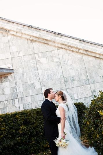 Dallas-Wedding-Planner-Room-on-Main-White-Winter-Wedding-02