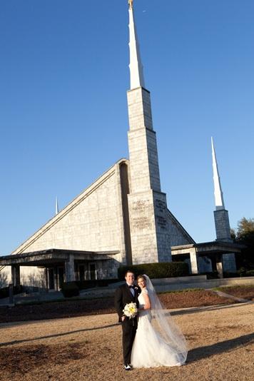 Dallas-Wedding-Planner-Room-on-Main-White-Winter-Wedding-03