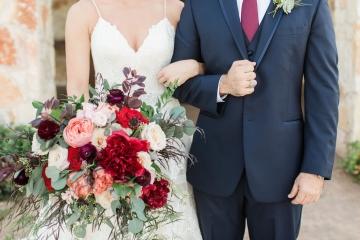 burgundy-blush-and-navy-wedding-at-tuscany-hill-11