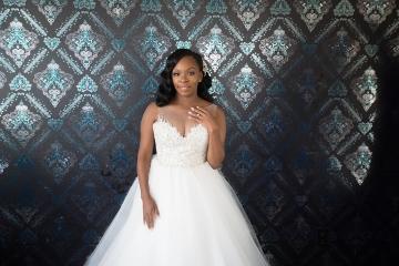 elegant_gold_wedding_at_the_hall_on_dragon_in_dallas_texas_03