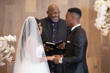 elegant_gold_wedding_at_the_hall_on_dragon_in_dallas_texas_09