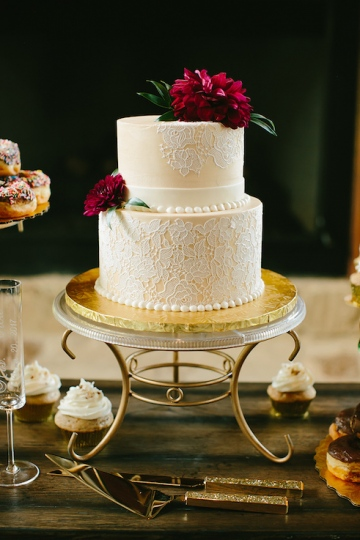 gold_and_burgundy_wedding_at_the_springs_denton_15