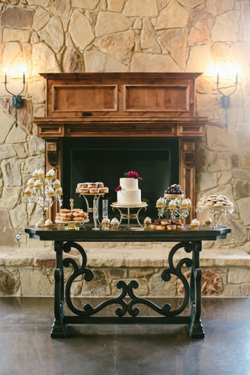 gold_and_burgundy_wedding_at_the_springs_denton_16