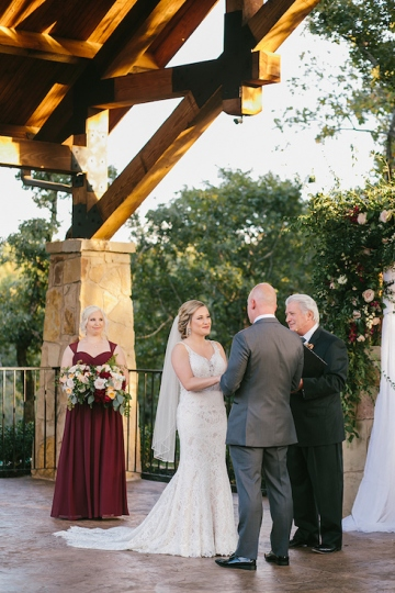 gold_and_burgundy_wedding_at_the_springs_denton_34