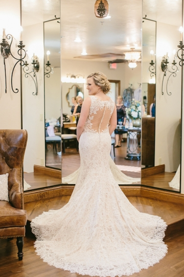 gold_and_burgundy_wedding_at_the_springs_denton_05