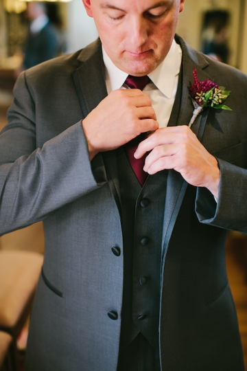 gold_and_burgundy_wedding_at_the_springs_denton_10