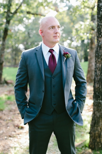 gold_and_burgundy_wedding_at_the_springs_denton_13