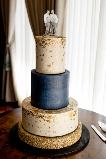 Dallas-Wedding-Planner-At-Home-Wedding-Blue-and-Gold-05