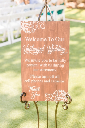 classic_ivory_outdoor_wedding_at_the_springs_denton_in_texas_06