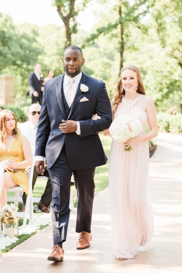 classic_ivory_outdoor_wedding_at_the_springs_denton_in_texas_08