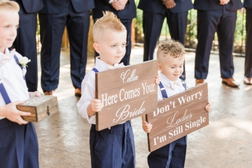 classic_ivory_outdoor_wedding_at_the_springs_denton_in_texas_09
