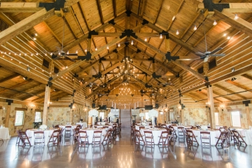 classic_ivory_outdoor_wedding_at_the_springs_denton_in_texas_25