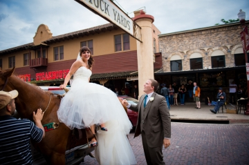 Dallas-Wedding-Planner-Fort-Worth-Botanical-Gardens-Japanese-Garden-Pavilion-and-Fort-Worth-Omni-Hotel-Blue-and-Yellow-Wedding-25