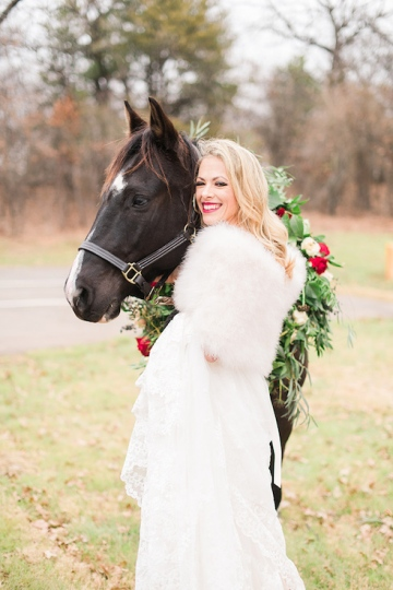 ivory_and_red_wedding_at_the_springs_denton_21