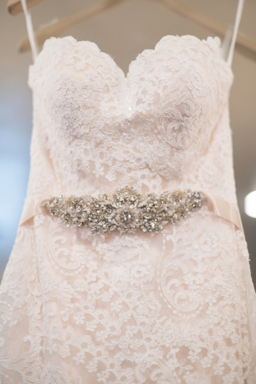 ivory_and_red_wedding_at_the_springs_denton_02