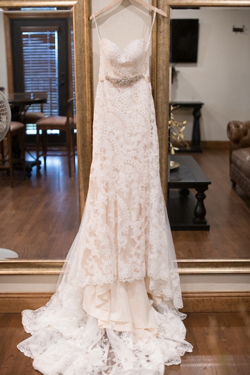 ivory_and_red_wedding_at_the_springs_denton_03