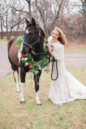 ivory_and_red_wedding_at_the_springs_denton_19